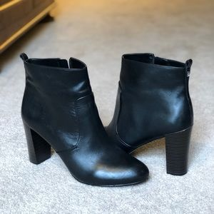 Size 12 ankle booties - Nine West
